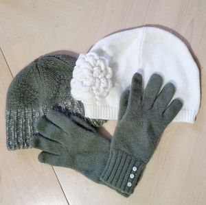 Winter hat beanies and gloves